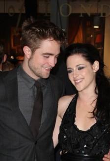 Kristen Stewart l-a inselat pe Robert Pattinson!